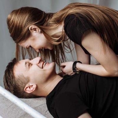 Besserer Sex - Paar im Bett